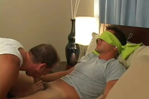 oral-job-stimulation For Blindfolded chap At bed