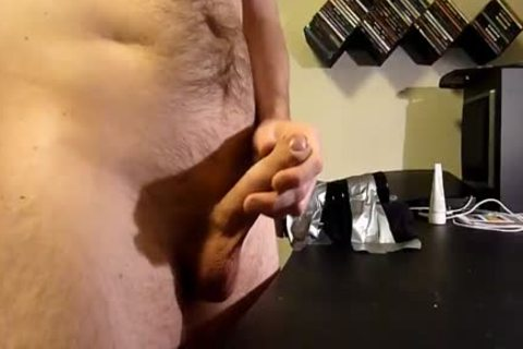 chap using fleshlight and wanking. Great ejaculation at the end.